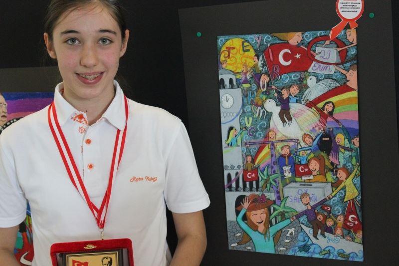 Cumhuriyet Konulu Resim Yarışması Rota Koleji